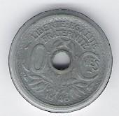 Frankreich: 10 Centimes-Münze, 1946 B, SS-VZ