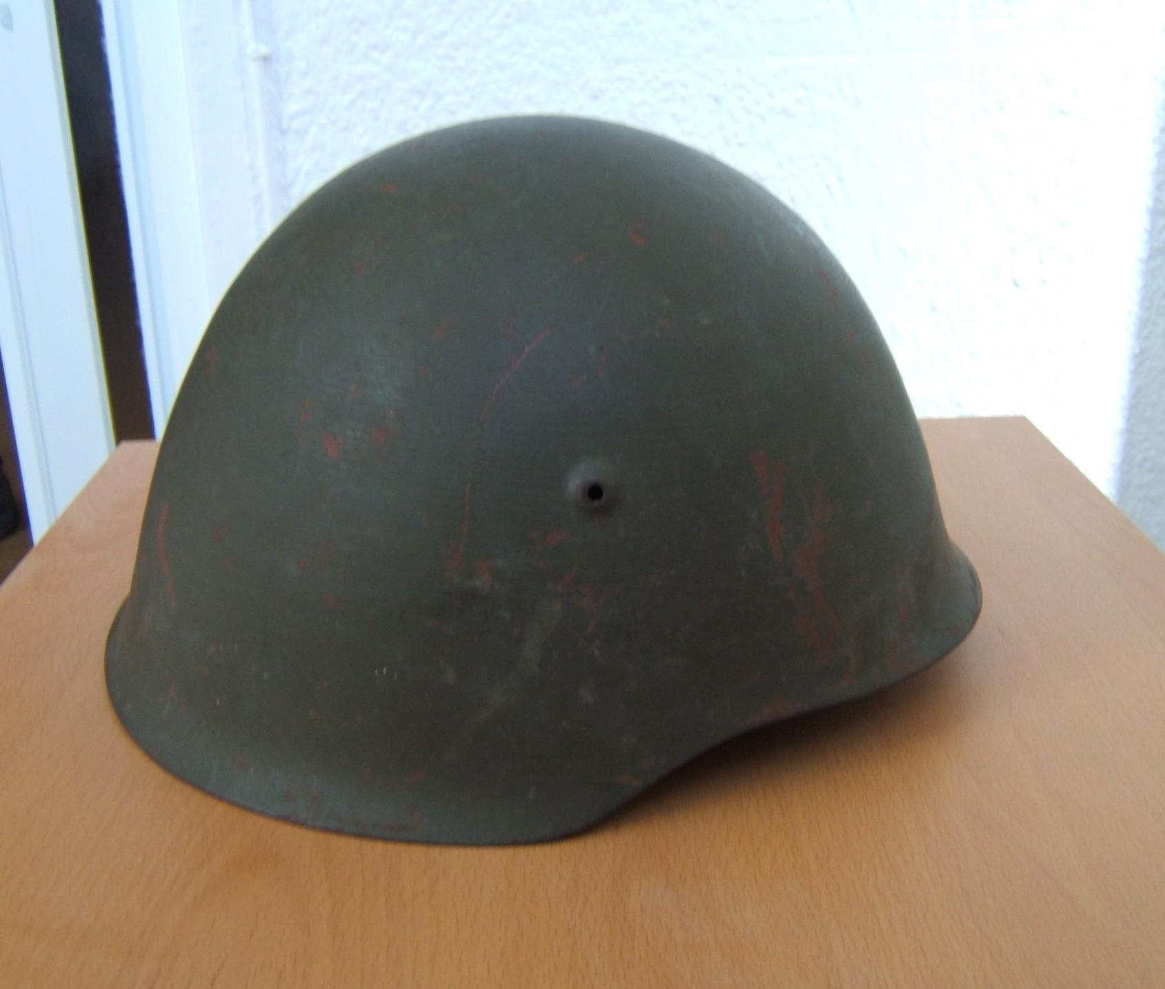 Portuguese M940 helmet with 1963 fabric liner and chin-strap