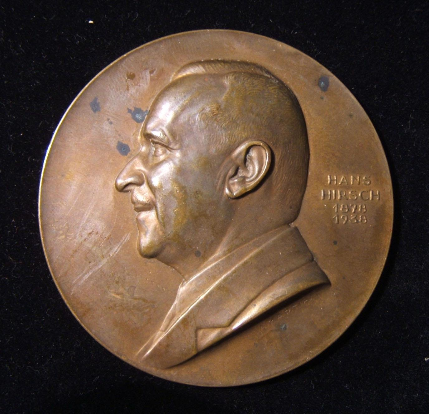 Austria: Hans Hirsch 60th birthday uniface medal (1878-1938), in bronze; by Arnold Hartig (1878-1972); size: 70mm; weight: 117.85g. Medal depicts left-facing bust of Hirsch (1878-1