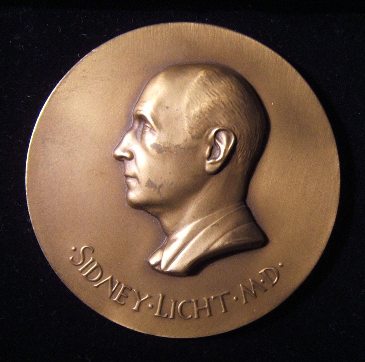 American Sidney Licht MD medical conference Judaica medal، 1968 by Paul Manship