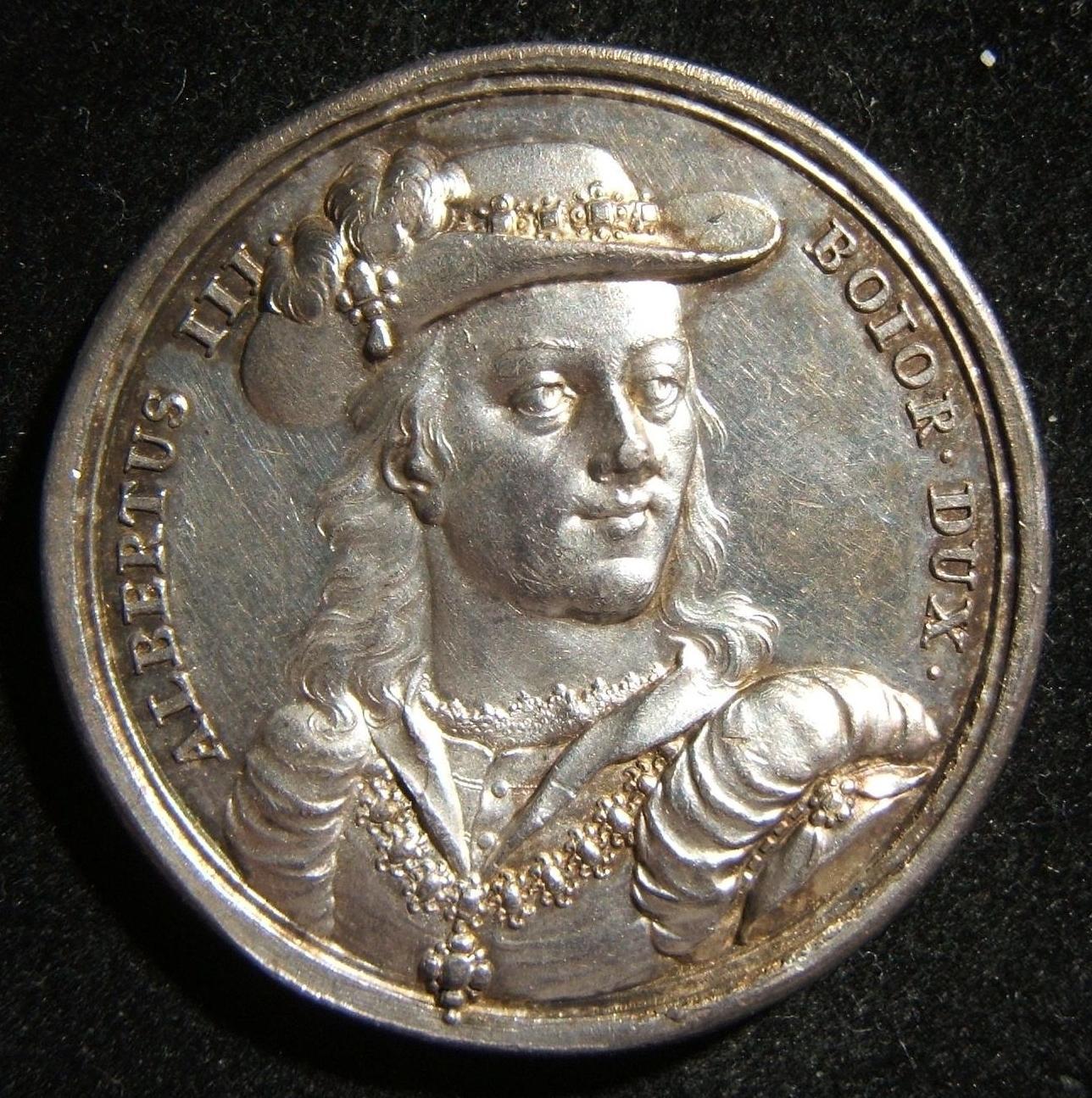 Deutschland > Bayern: Doppelgeprägte Huldigung-Silbermedaille zur Anerkennung des Albrecht (Albert) III des Frommen, Herzog von Bayern-München, von Franz Andreas Schega (1711-1787)