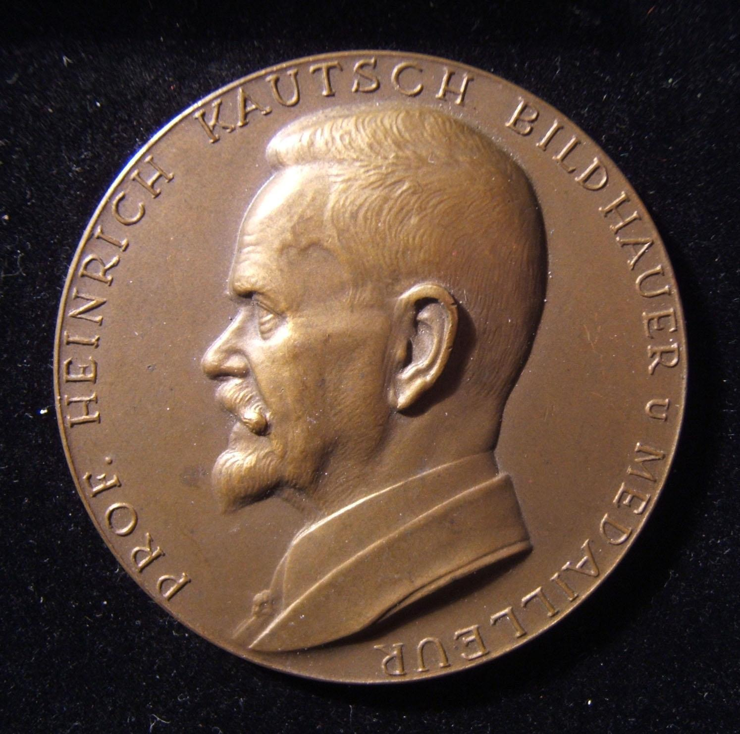 Österreich: Professor Heinrich Kautsch, Gedenkmedaille aus Bronze von Arnold Hartig, ca. 1929; Größe: 52,5 mm; Gewicht: 58,4 g. Vorderseite: nach links zeigender Kautsch; Beschrift