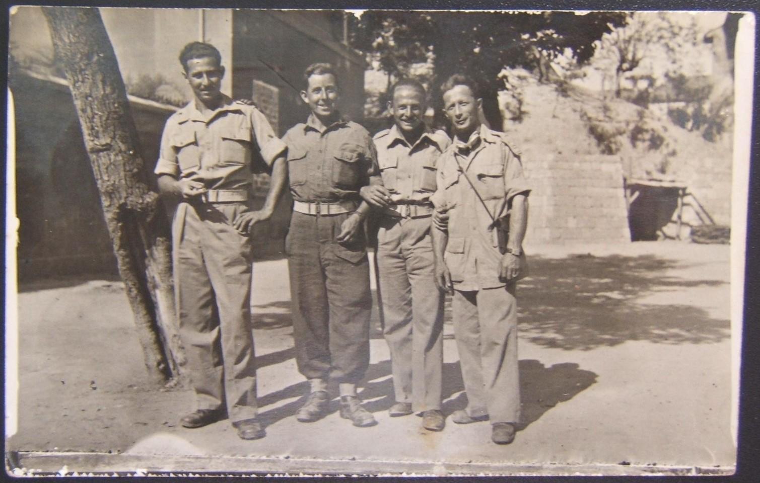 מלחמת העולם השנייה תמונה של הגדוד הראשון חייל הבריגדה היהודית 1945