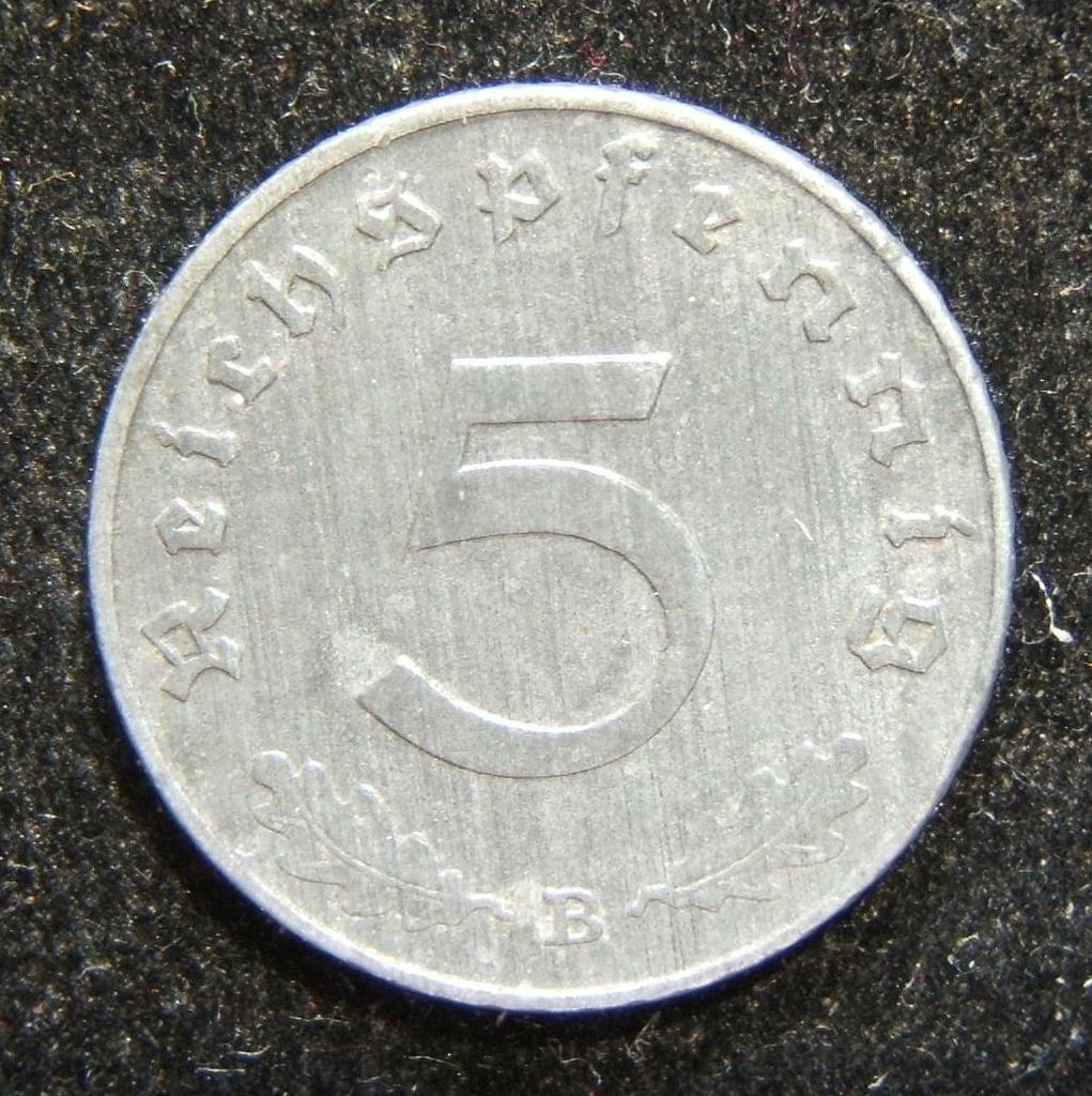 Germany: 5pf 1943B (KN #100) - scarcest of all the Third Reich zinc coin issues; weight: 2.5g. Dark toning all around, with no significant detractions; spots of discoloration give