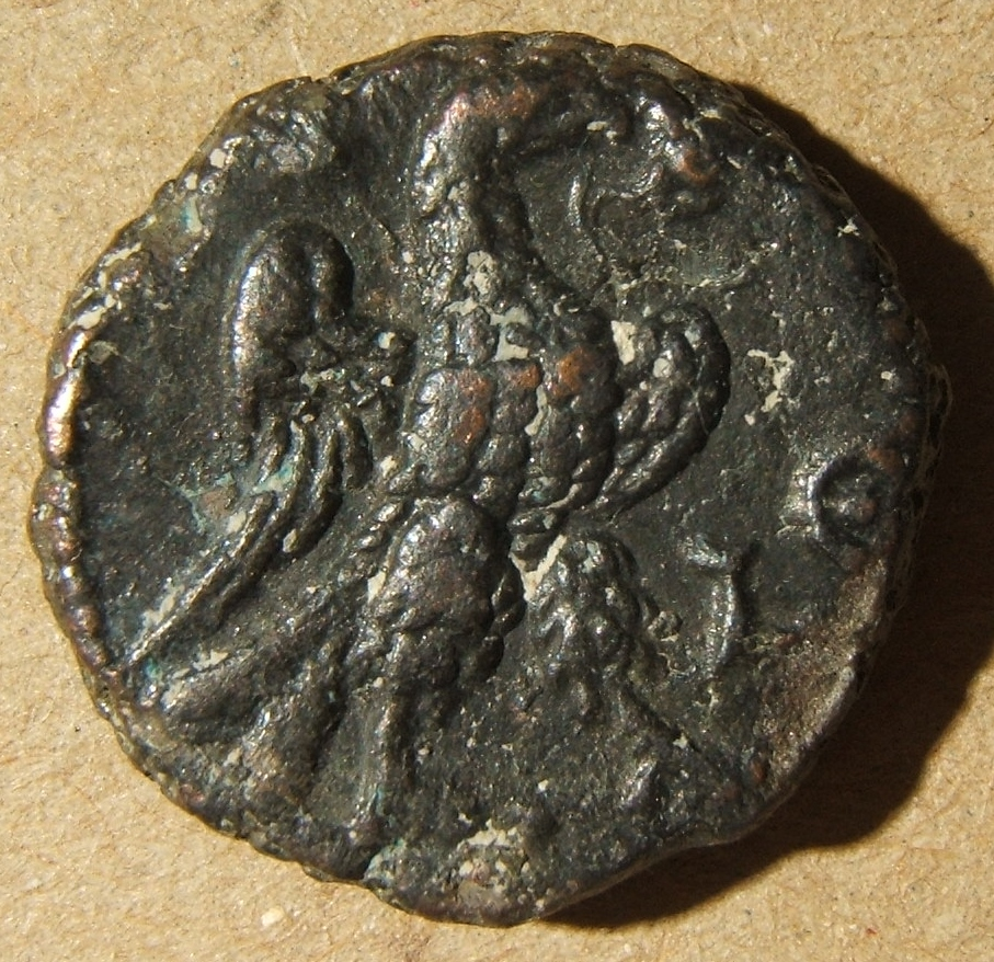 Aurelian (270-284/5) - Alexandria, Potin Tetradrachm: Dated Year 5 = 273-274 AD; A K Λ ΔOM AVΡHΛIANOC CEB, Laureate, cuirassed bust right / LE to right of eagle standing right, win