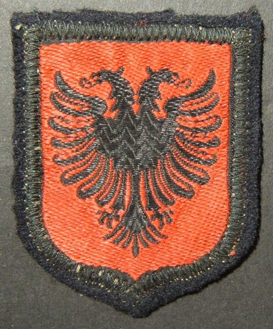 טלאי צבאי של חייל אלבני במלחמת העולם השנייה ב- Waffen-SS 21 Division