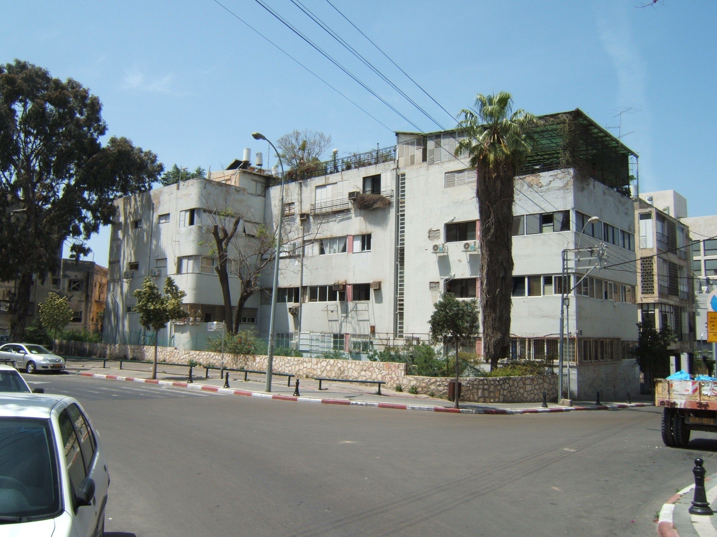 Photographs of Israeli Bauhaus \u0026 Israeli Architecture in Tel Aviv ...