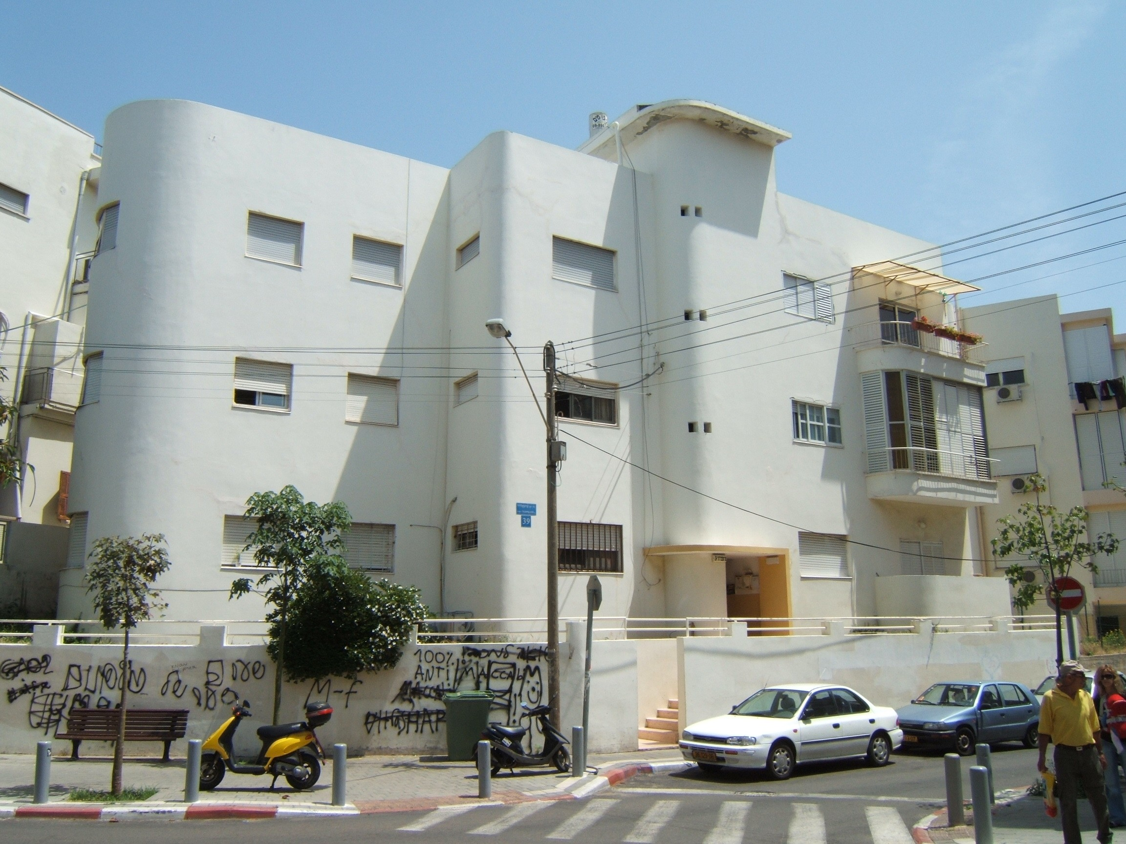photographs of israeli bauhaus israeli architecture in tel aviv